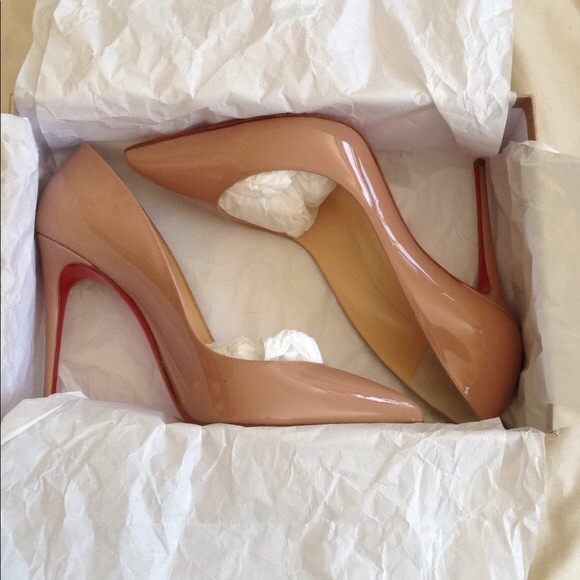 purchase cheap eef73 1761c Christian Louboutin pigalle follies size 39 nude